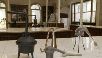 Retorta de destilação
